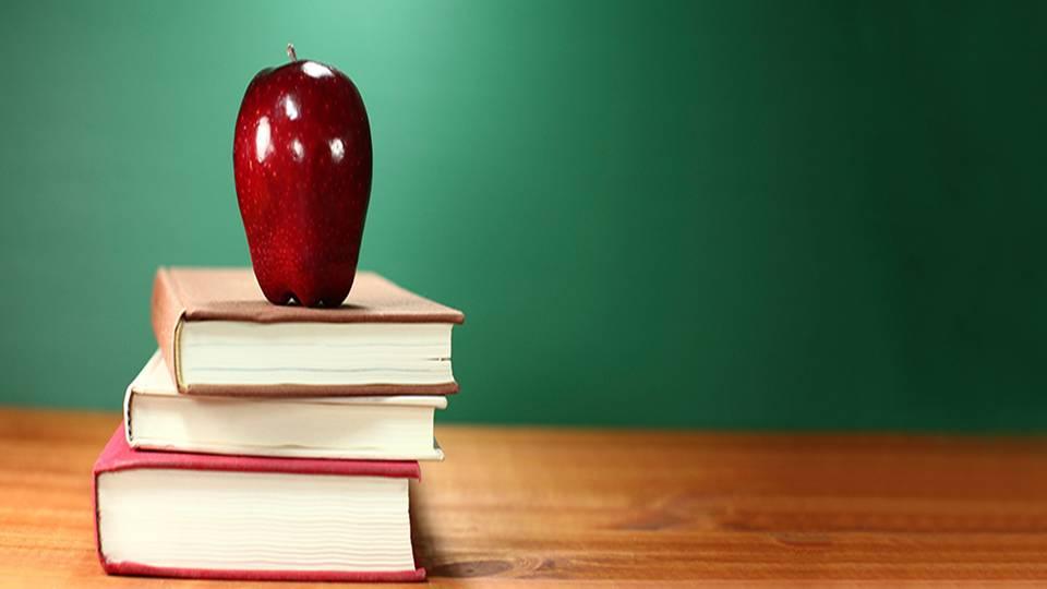 apple and books.jpg